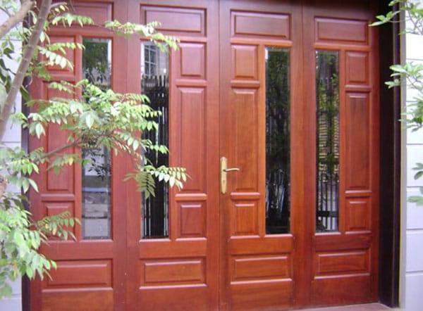 Các mẫu cửa gỗ 4 cánh cho mặt tiền đẹp nhất