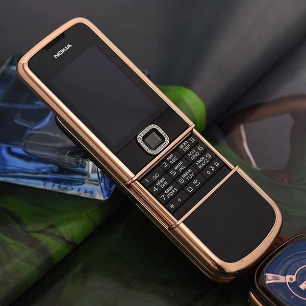 nokia-8800-vang-hong-den-da-vien-2
